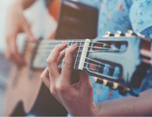 S'obre una convocatòria i bases de professors de música de l'EMAL