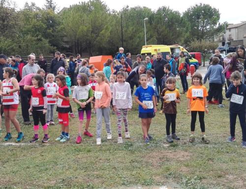 130 corredors i corredores participen al Cros Escolar Mini Via Castrum de Santa Eulàlia de Puig-oriol